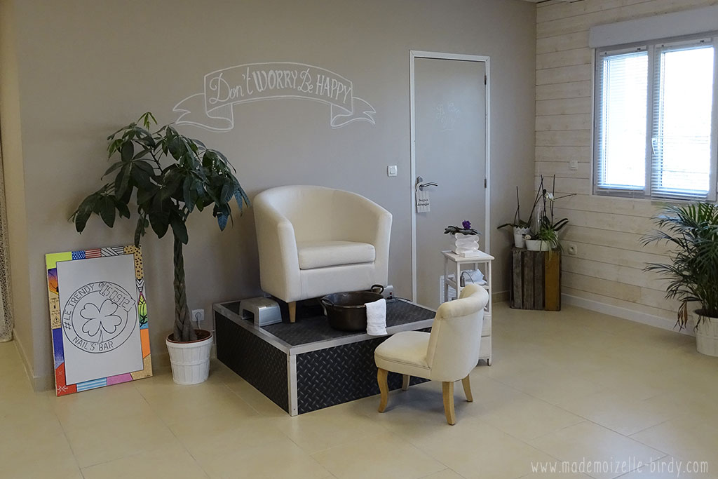 le trendy nail bar bar a ongle institut beaute six fours sanary la seyne uv blog avis019 www. Black Bedroom Furniture Sets. Home Design Ideas