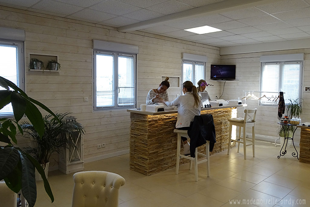 le trendy nail bar bar a ongle institut beaute six fours sanary la seyne uv blog avis020 www. Black Bedroom Furniture Sets. Home Design Ideas